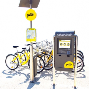Borne interactive location vélo YELO Agglo La Rochelle
